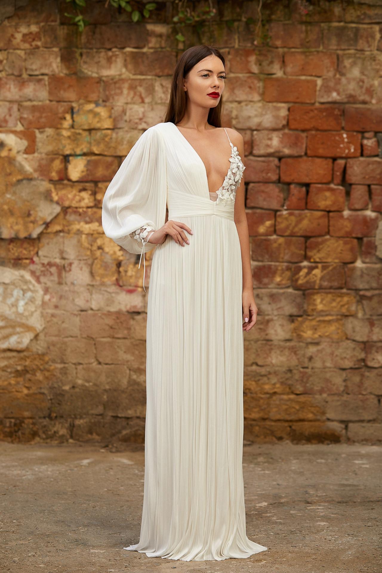 Asymmetrical silk bridalgown