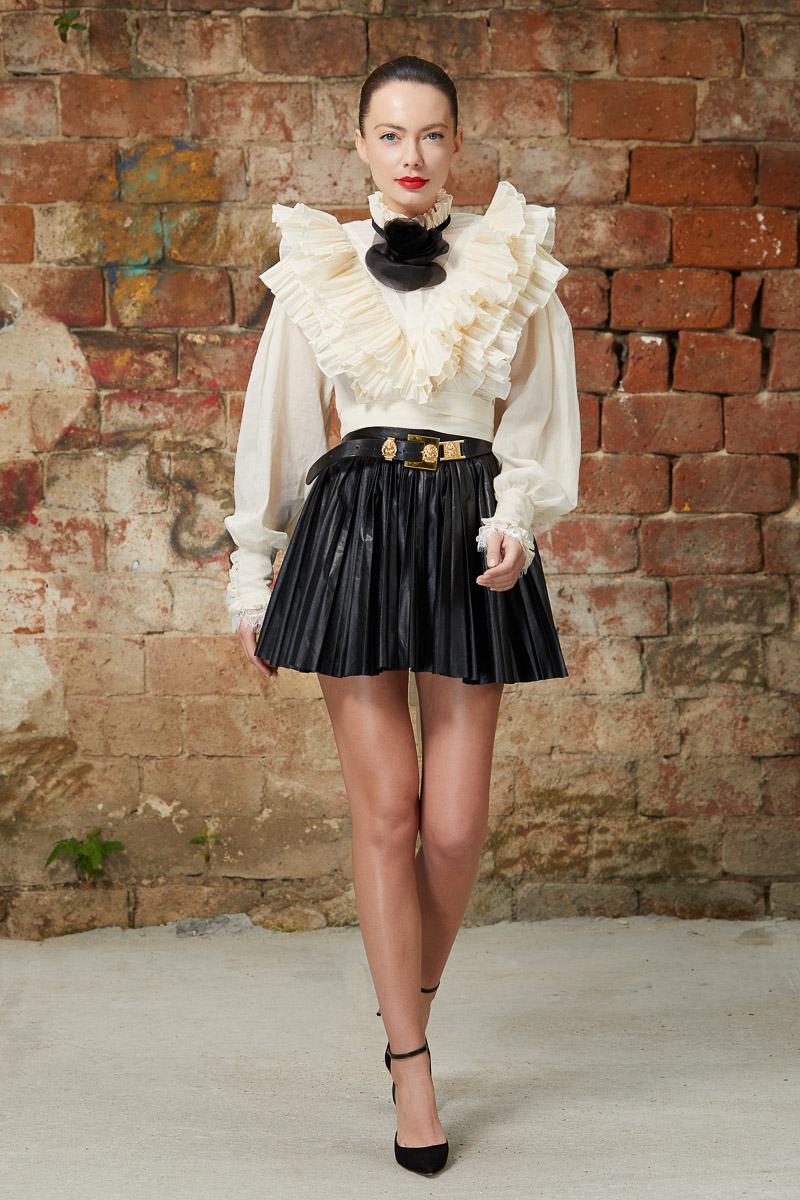 Eco leather pleated skirt