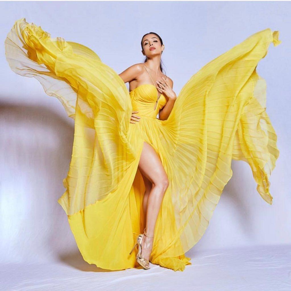 Celebrity Yellow silk gown